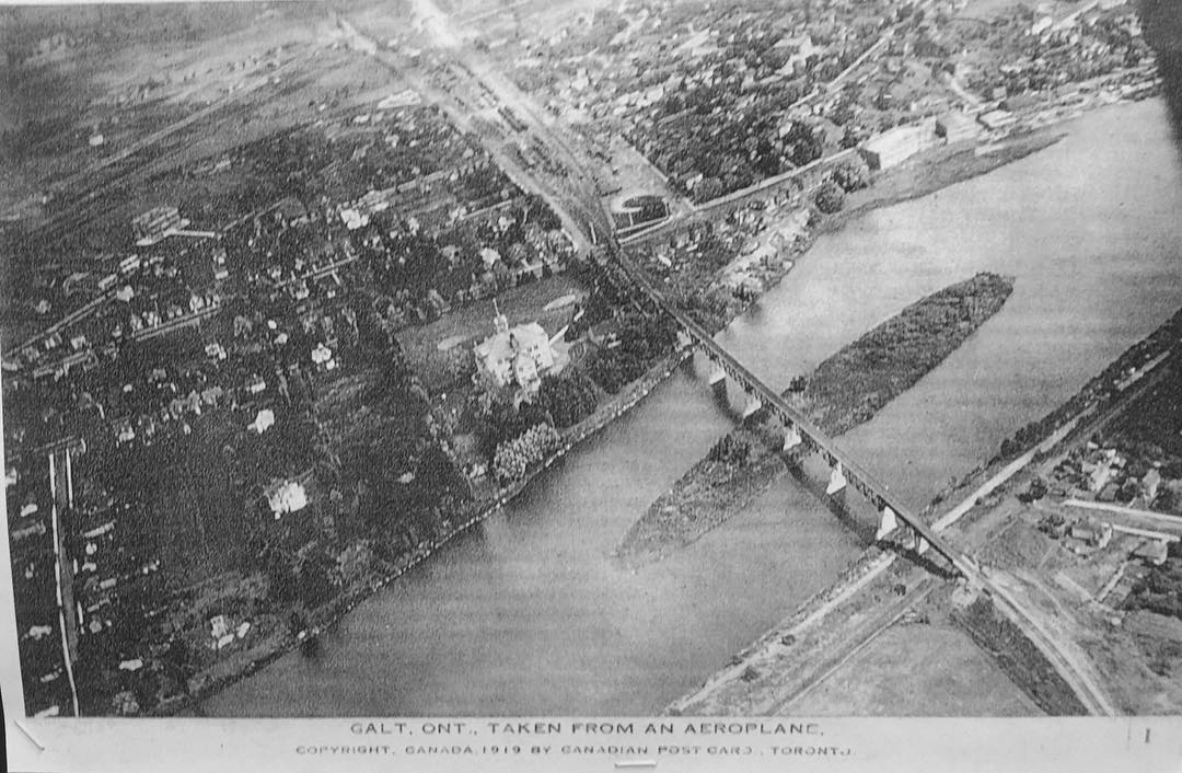 GALT, ONT., TAKEN FROM AN AEROPLANE – 1919