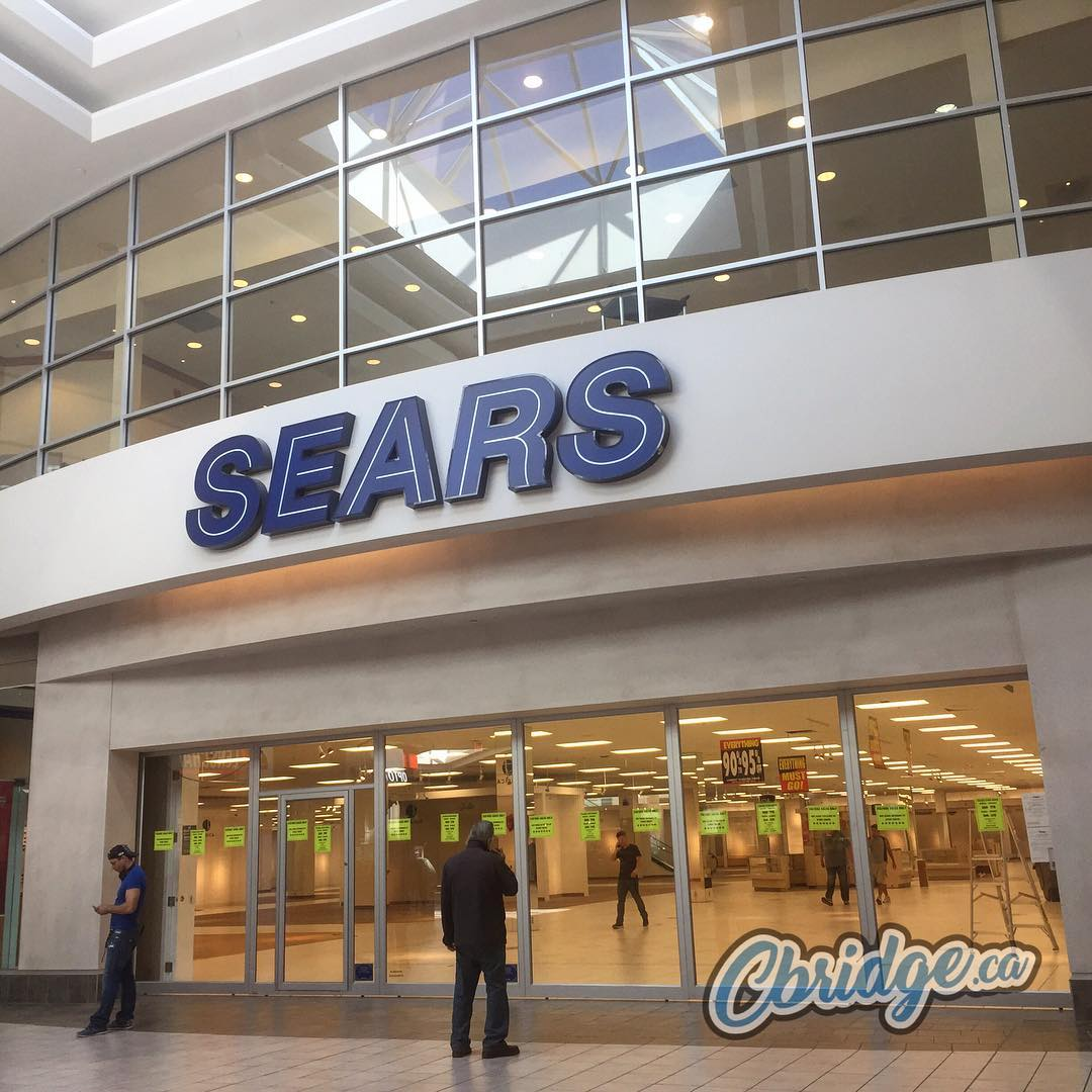 The end of an era: Sears in the Cambridge Centre has closed their doors for the final time #cbridge