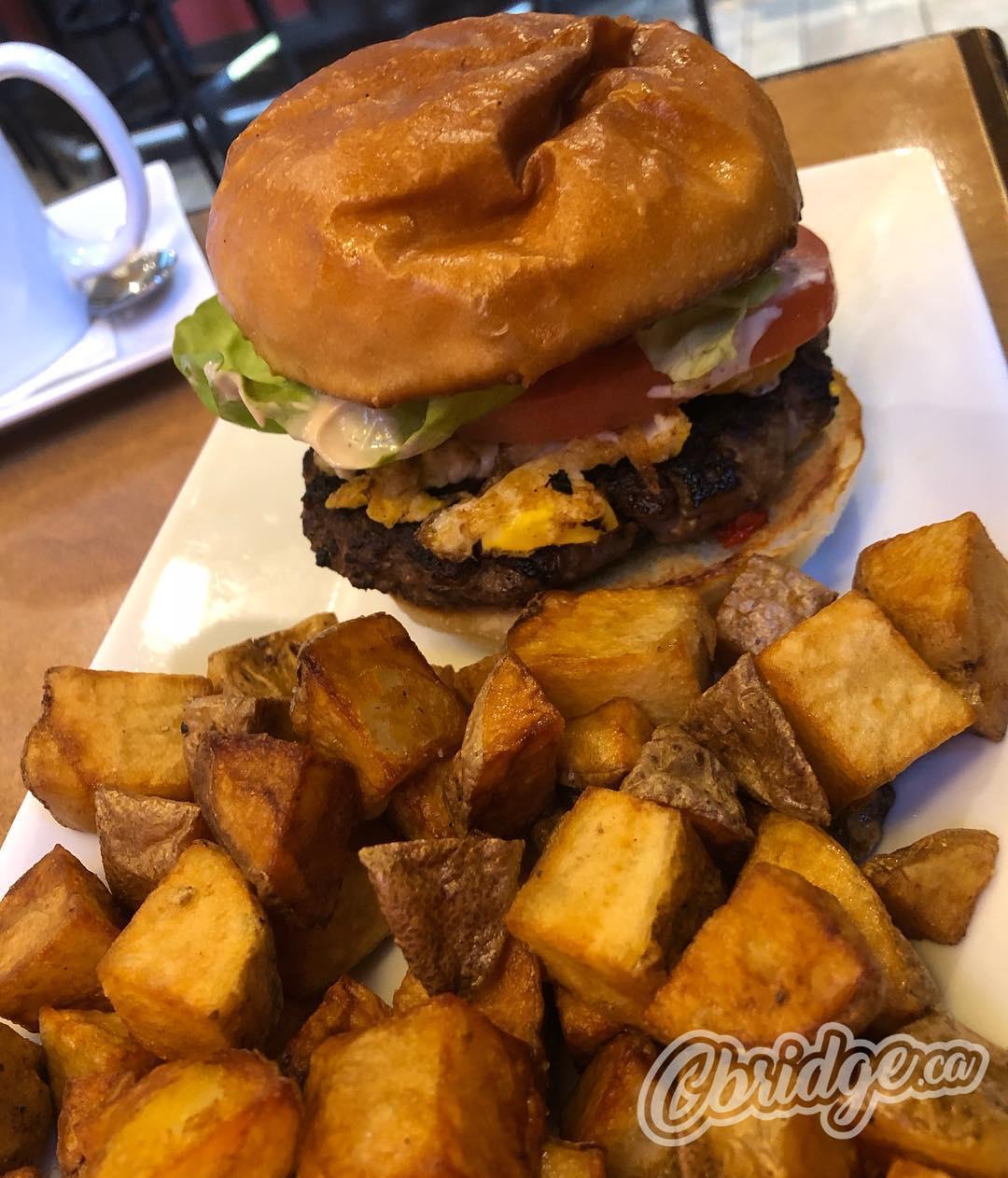A Cure ? for brunch today from @cambridgetemplebarpub #cbridge #mycbridge #hangovercure