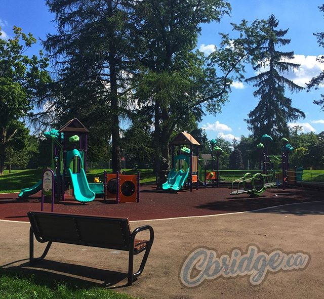 The playground in Victoria Park sadly sits empty waiting for the school bell to ring #cbridge #backtoschool #mycbridge