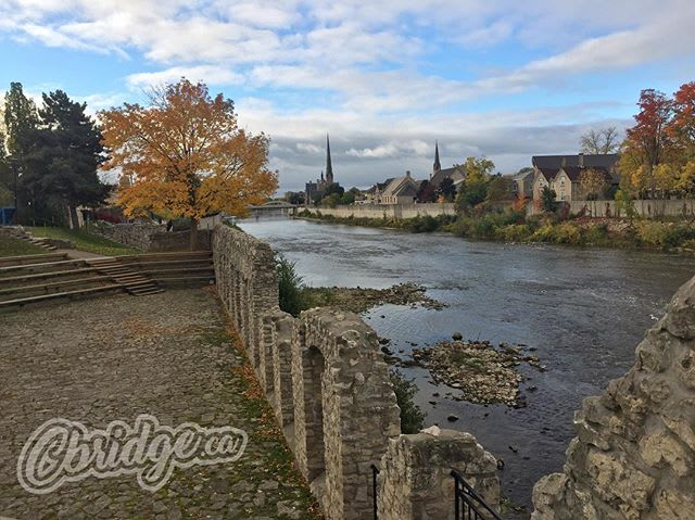 Is anything better than an autumn day? #cbridge